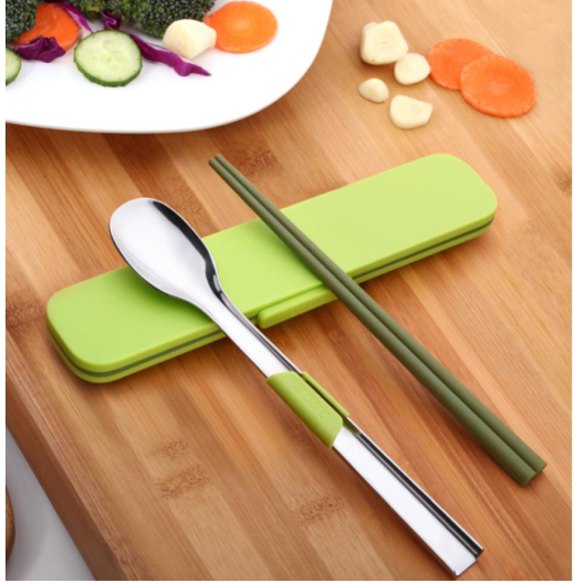 Food Mate Chopstick and Spoon Set
