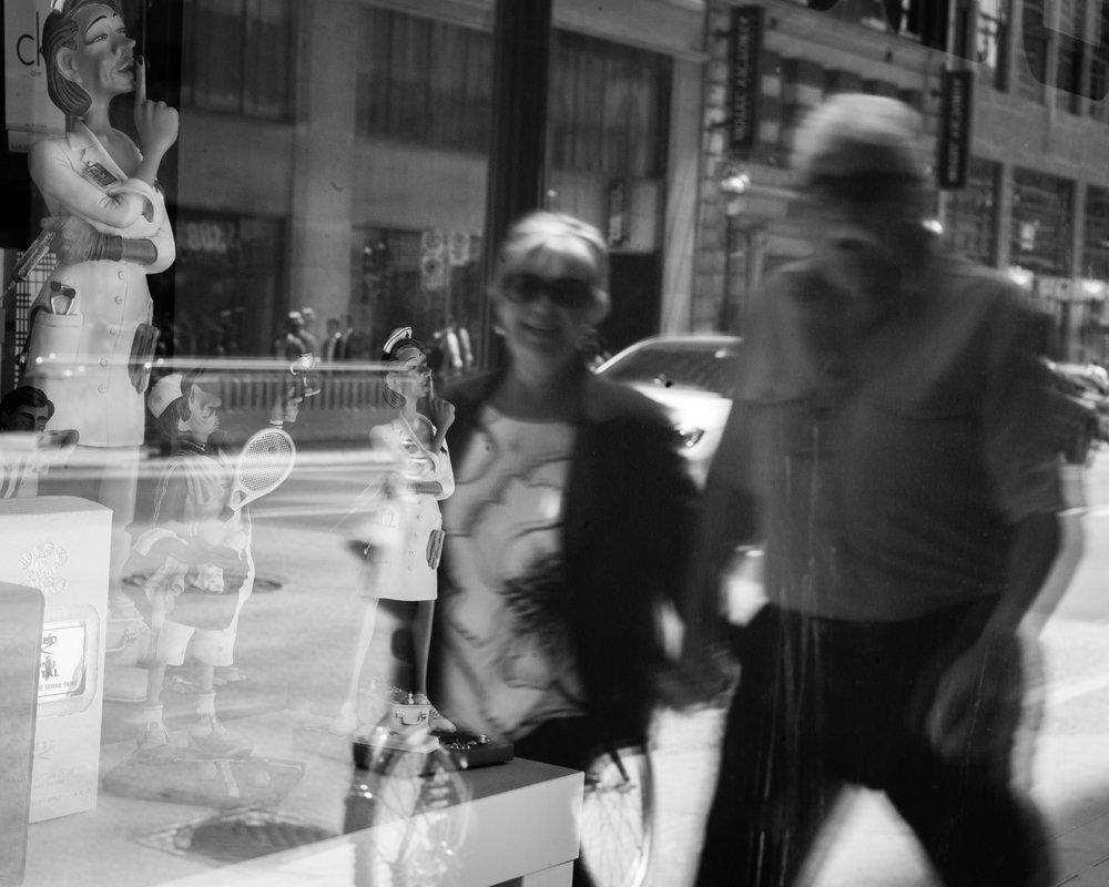 Toronto, Canada |Leica M8 | 40mm |F11, 1/50, ISO320
