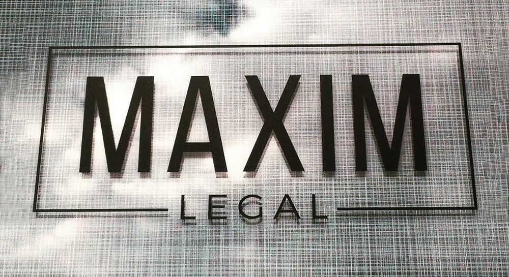 maxim_sign