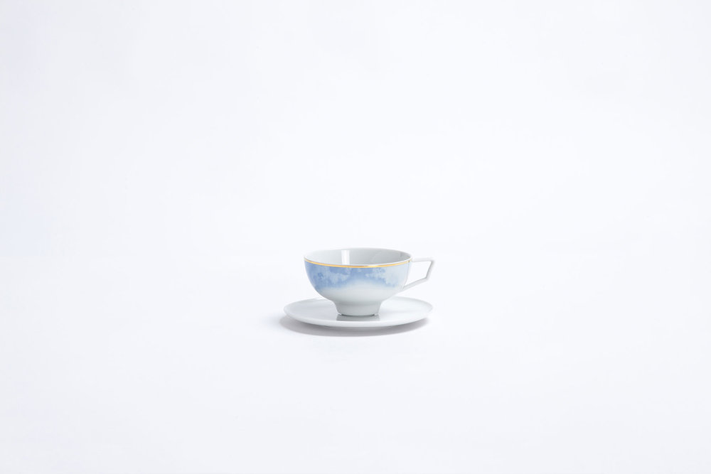 bodo_sperlein_tane_tea_cup_blue_gold_2.jpg