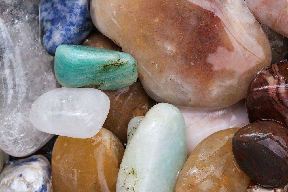 quartz-337646_1920.jpg
