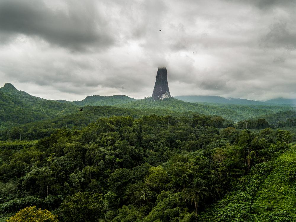 Pico cao Grande: Sau Tome Island