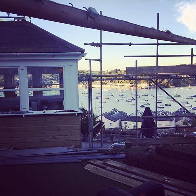 Its goodbye to the balcony; if that sail could talk!! New function room arriving soon! 🔨 #pubsofinstagram #theboathousefalmouth #renovations #extension #functionroom #Falmouth #Cornwall