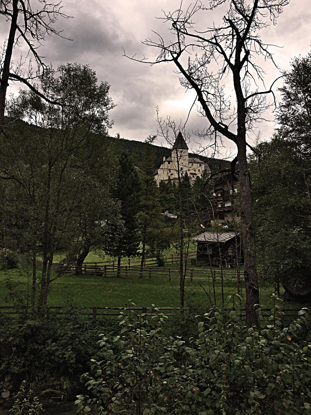 Blick_Richtung_Burg.jpg
