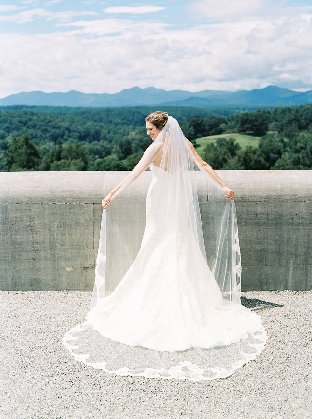 Asheville-Wedding-Photographer-Chestnut-Ridge-4.jpg