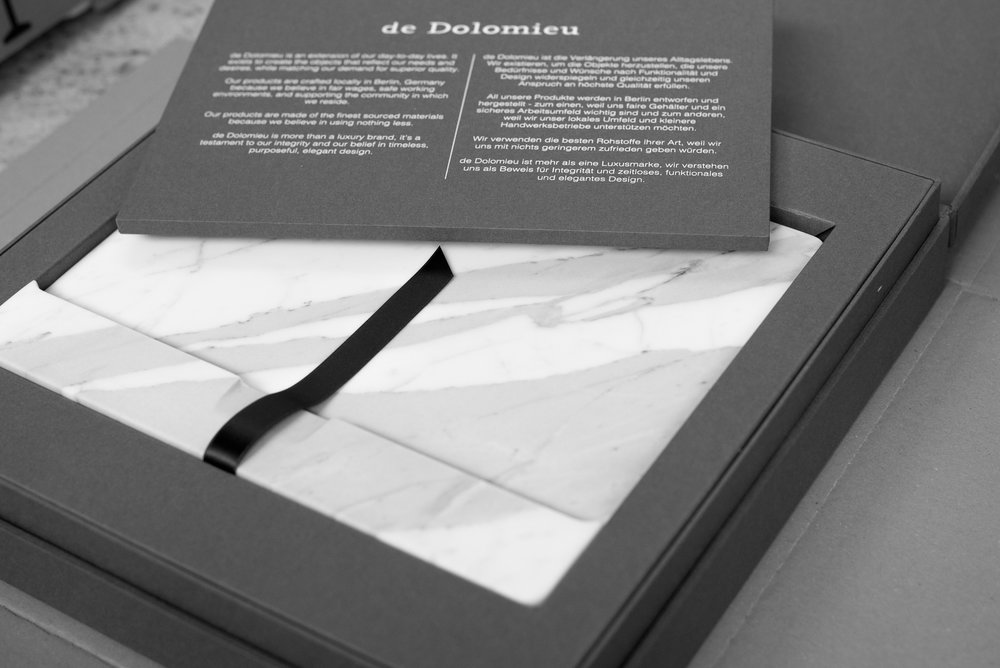 de Dolomieu BLOCK Marble Laptop Stand DSC-0142.jpg