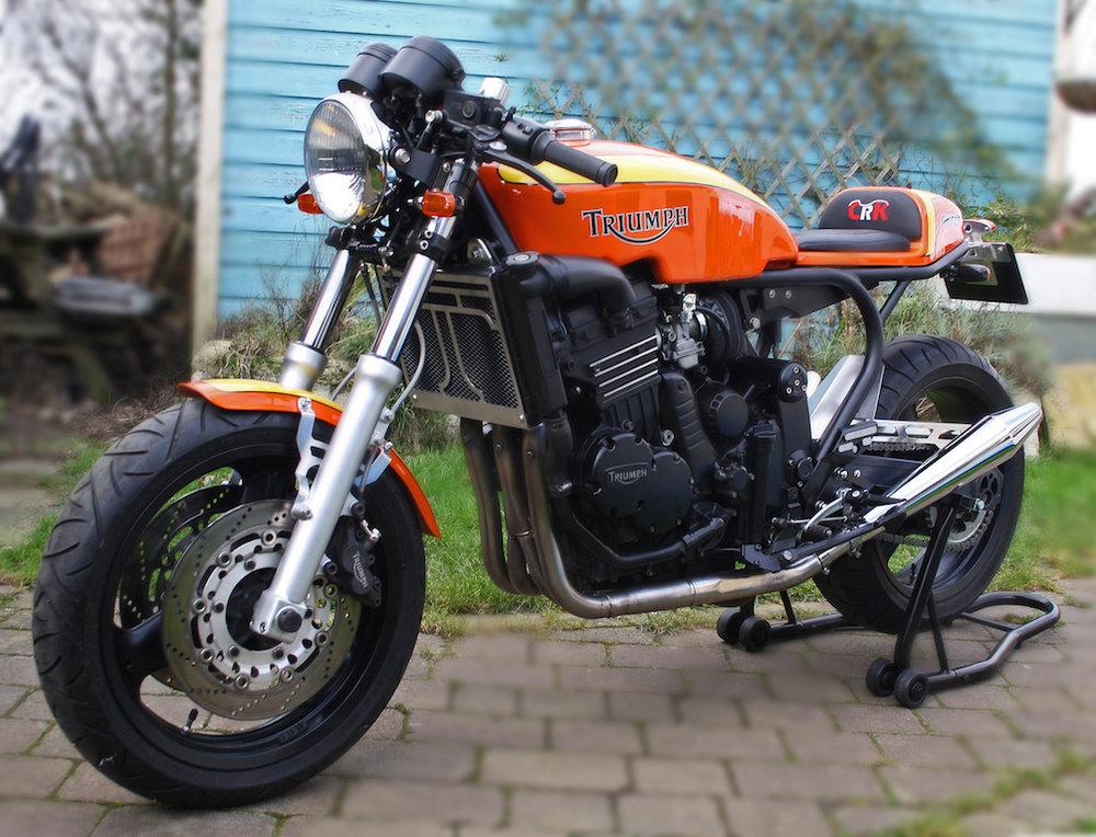 Orange-Triumph-900-7.jpeg