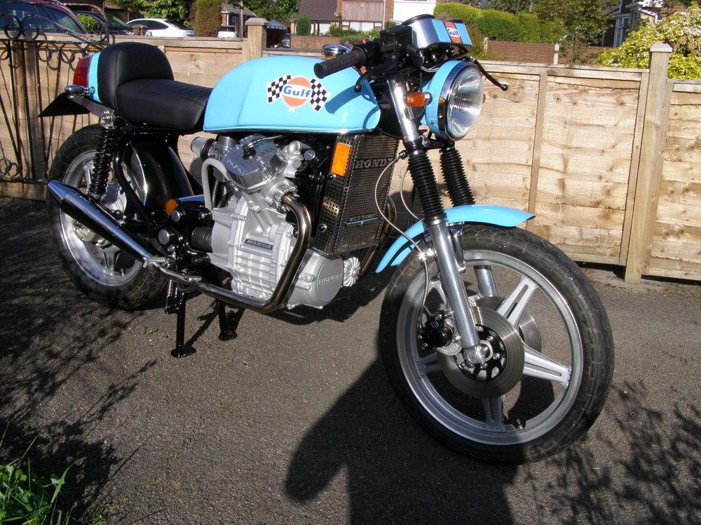Honda Cafe Racer Custom Bike
