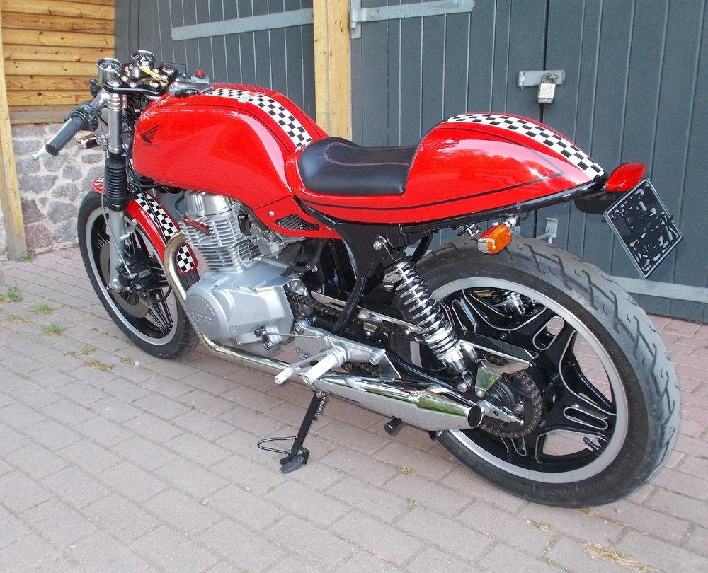 Honda Cafe Racer Superdream Conversion