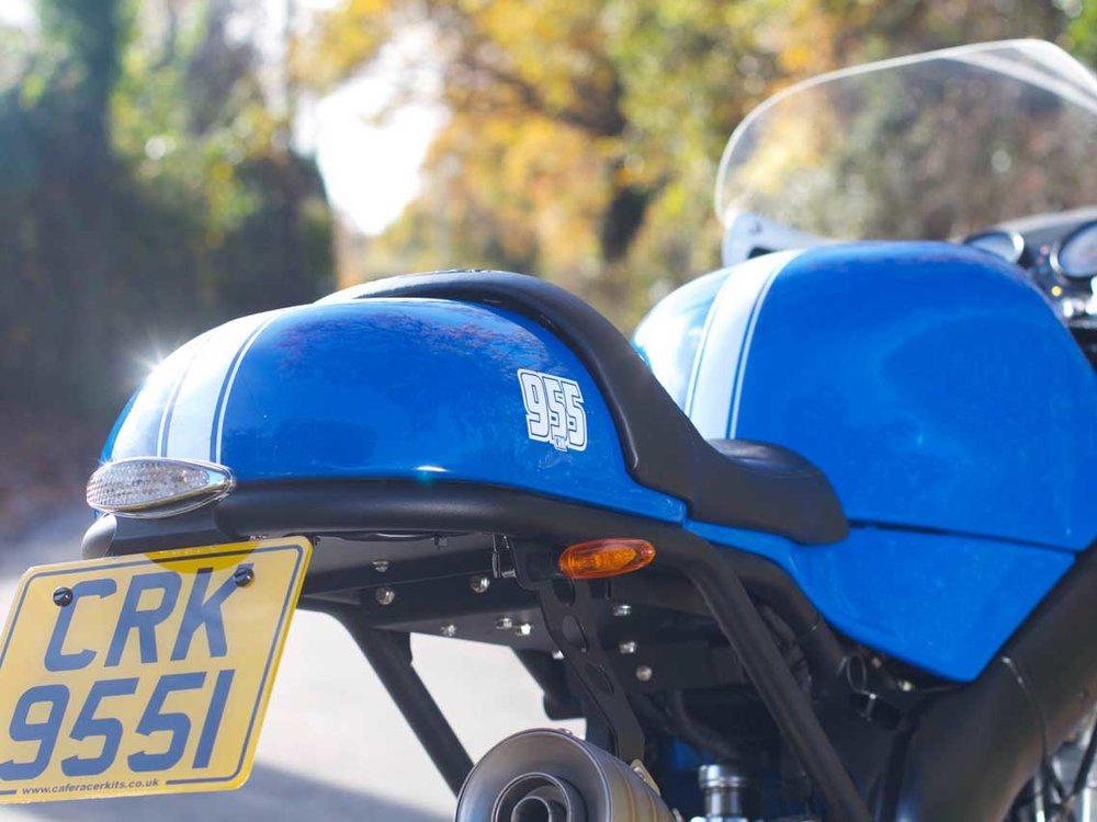 Cafe-Racer-Kit-Triumph-955-Back.jpg
