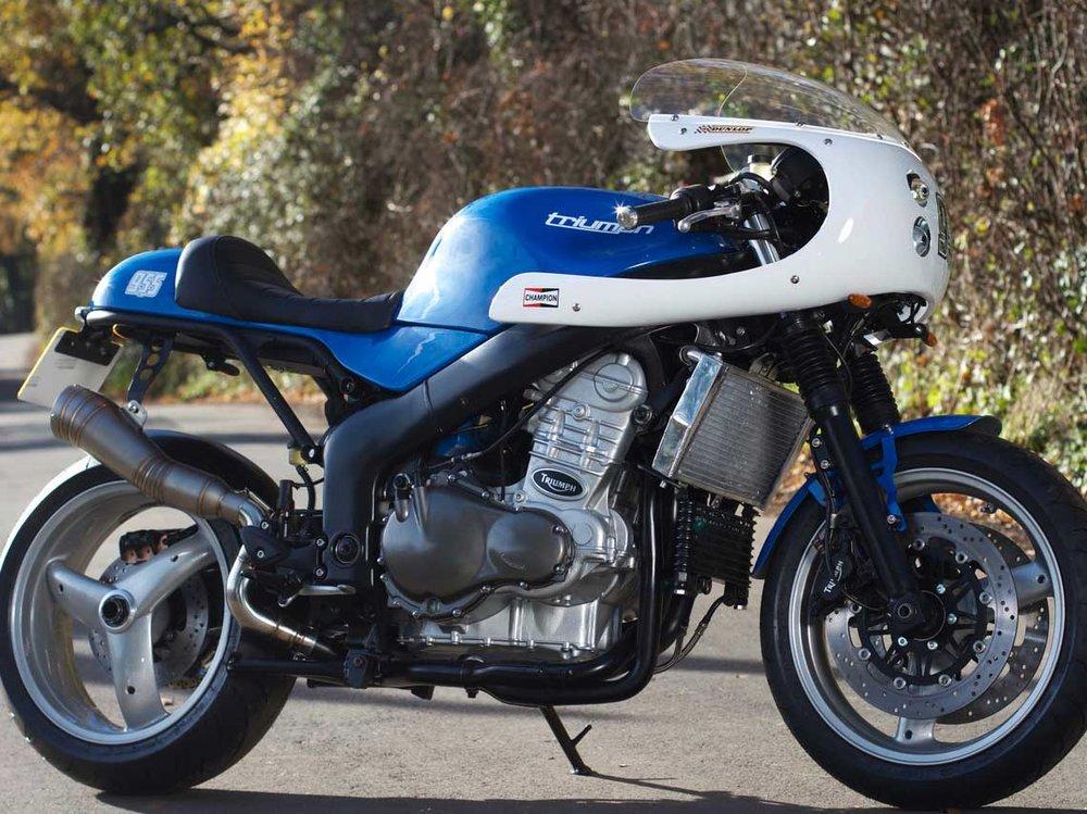 Cfae-Racer-Kit-Triumph-955-Side.jpg