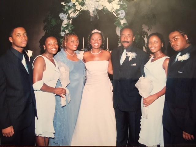 Bride, Parents and siblings.jpg