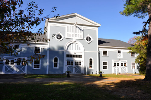 Hudson valley weddings at the hill the palladian barn is a multi leveled venue with stalls on the 1st floor and vast event space on the second floor built 1801 it has all the charm you junglespirit Images