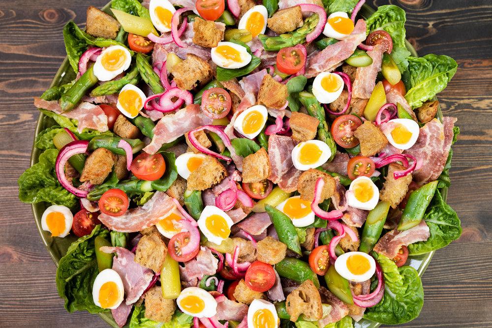 Salaatti / Pitopalvelu Muru  Valokuva: Kimmo Virkki