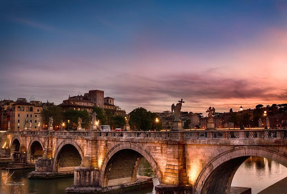 Tunnelmia Roomasta!