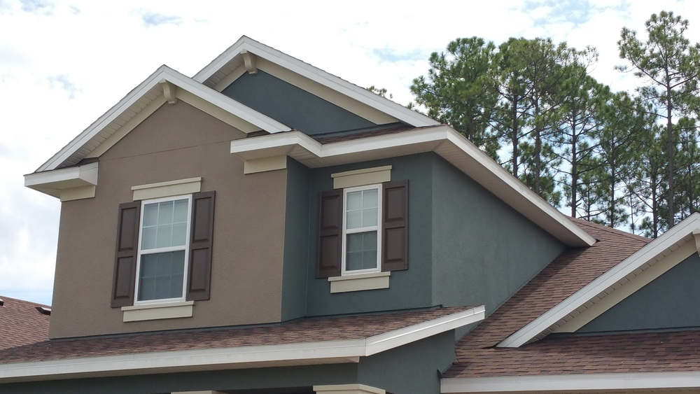 Transitioning a color on an outside corner can result in a flat-looking exterior