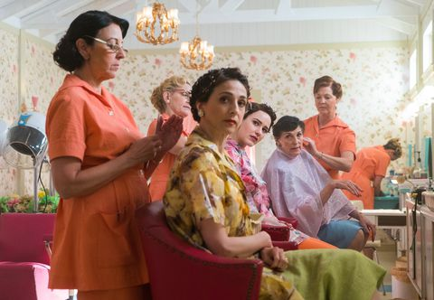 The beauty parlor scene from The Marvelous Mrs. Maisel