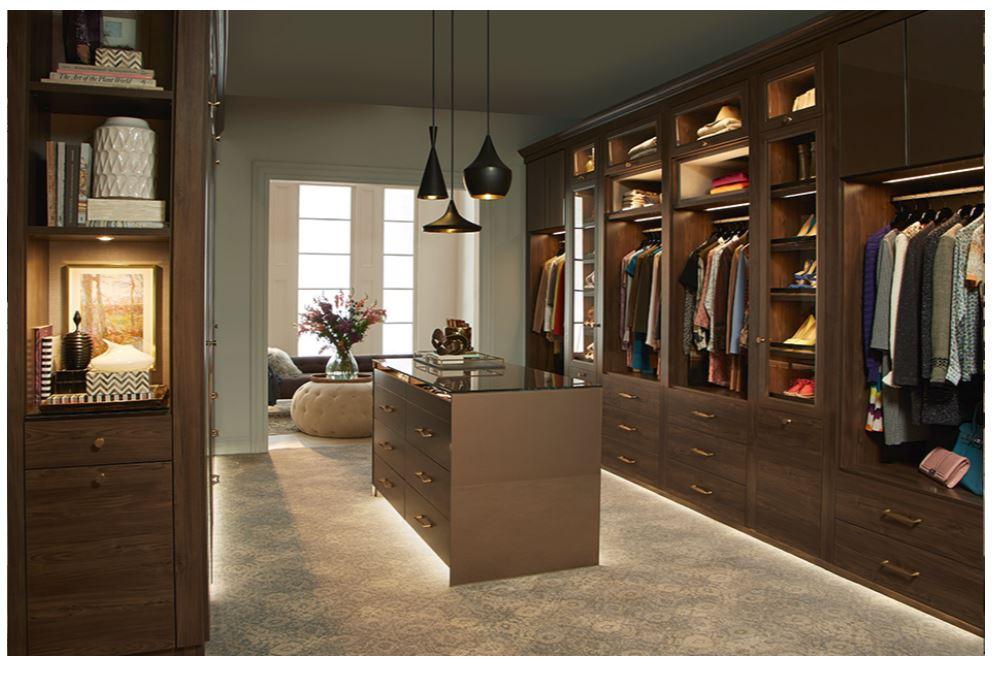 Now that's a closet, California closets.JPG