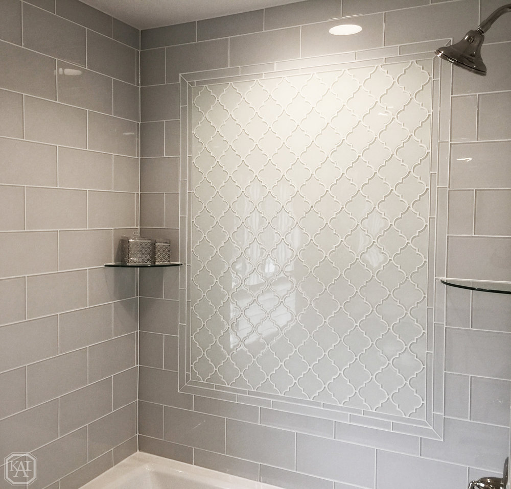 ZITELLA GIRLS SHOWER TILE_FULL MEDALLION DESIGN_1_BATHTUB_FINAL.jpg