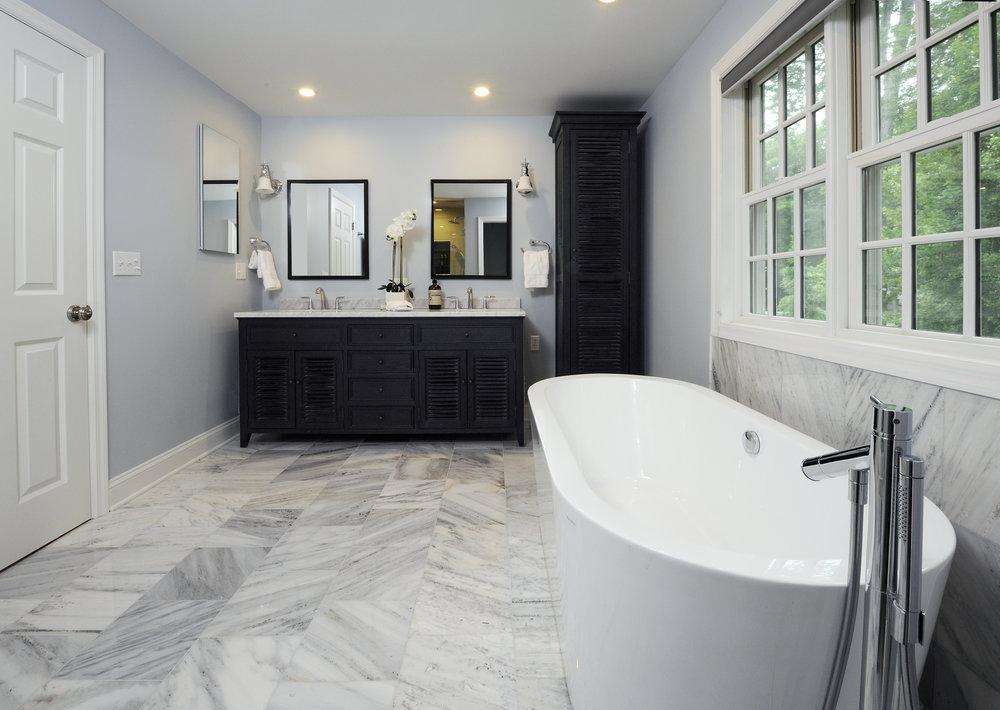 BathB.jpg