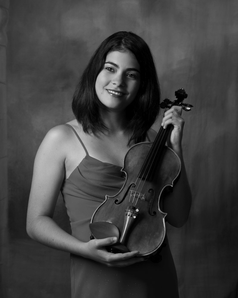 SILVIA SUAREZ : Violin
