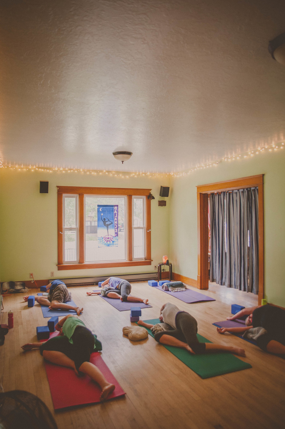 sacred-space-yoga21.jpg