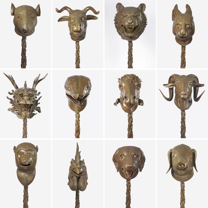 De tolv bronzeskulpturer, der hver repræsenterer et af de kinesiske stjernetegn, i værket Zodiac Heads.