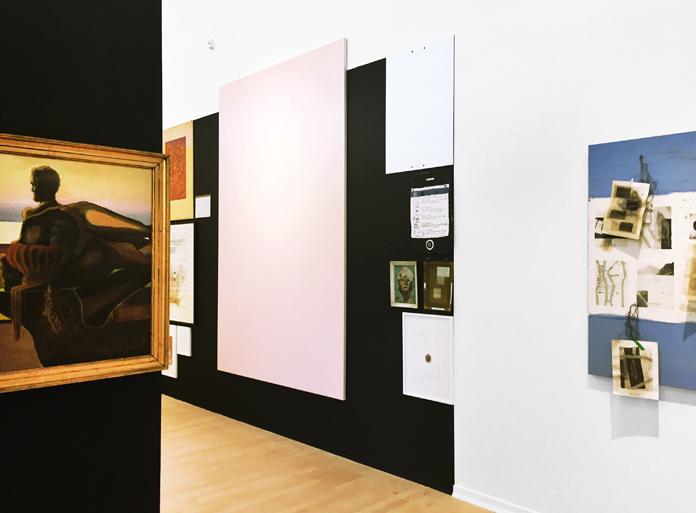 Her ses den omvendte valgplakat øverst til højre i det sorte felt | Foto: Esbjerg Kunstmuseum