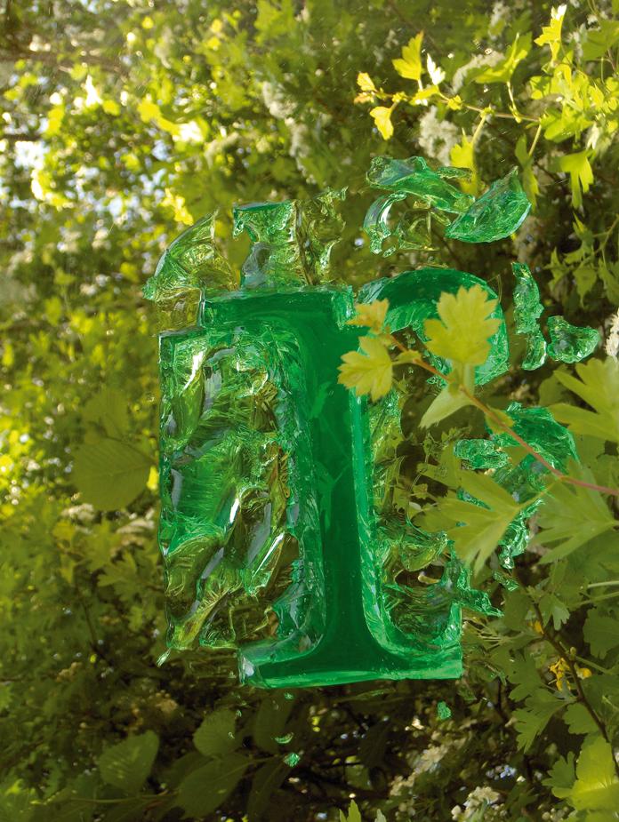Eksperiment med grøn gelebudding på et spejl.