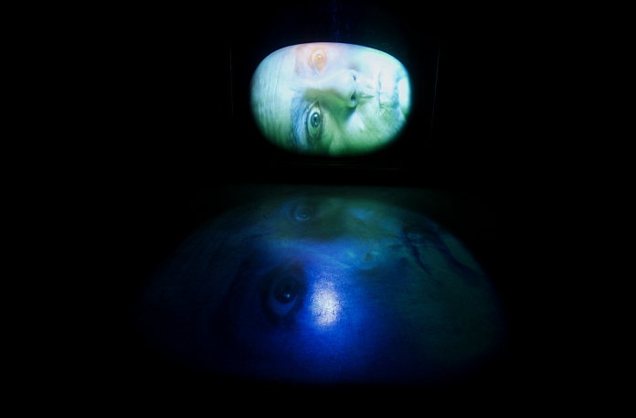 Videokunst af Tony Oursler på ARoS i august 2014.