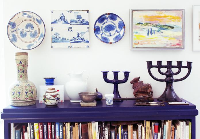 Et lille udsnit af Hanne og Josephs' kunstsamling med værker af andre kunstnere.