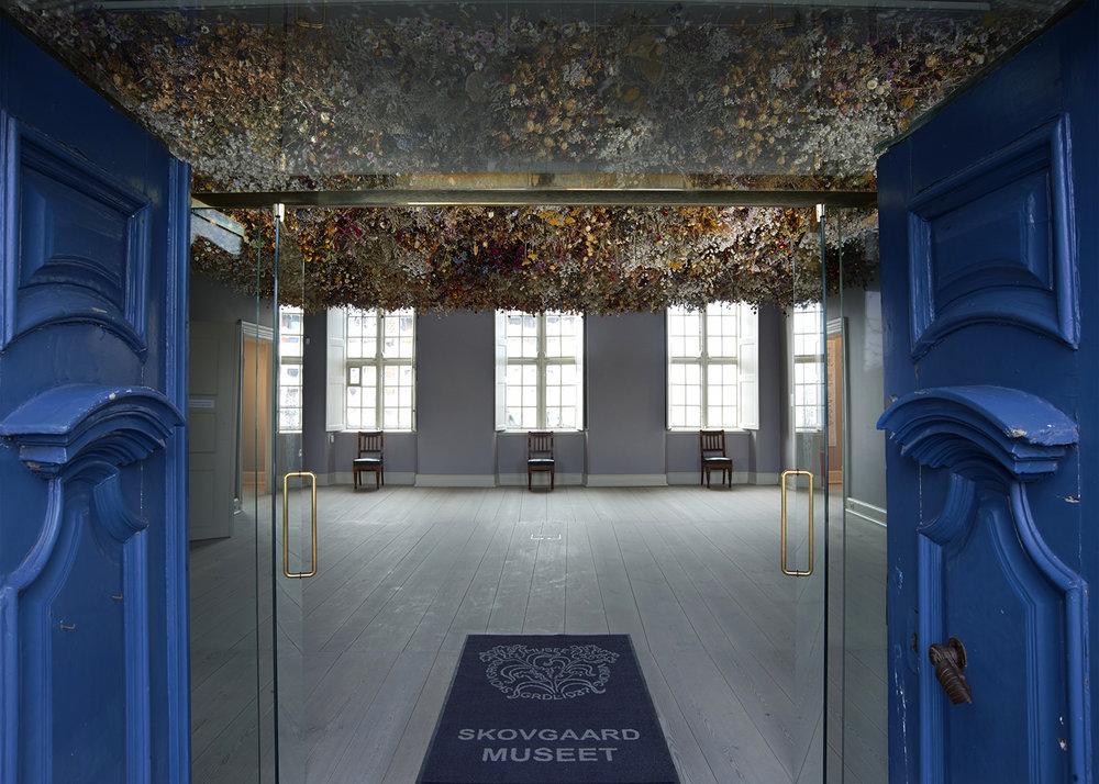 Rebecca Louise Law | Skovgaard Museet, 2017.