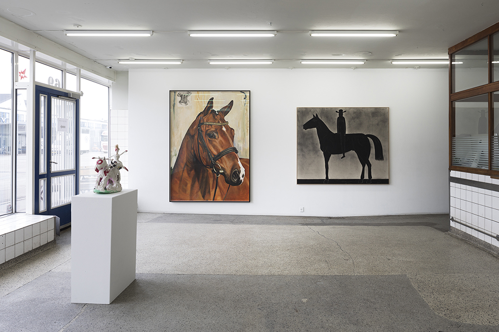 "V1 Gallery ""Horses"". Photo: Jan Søndergaard."