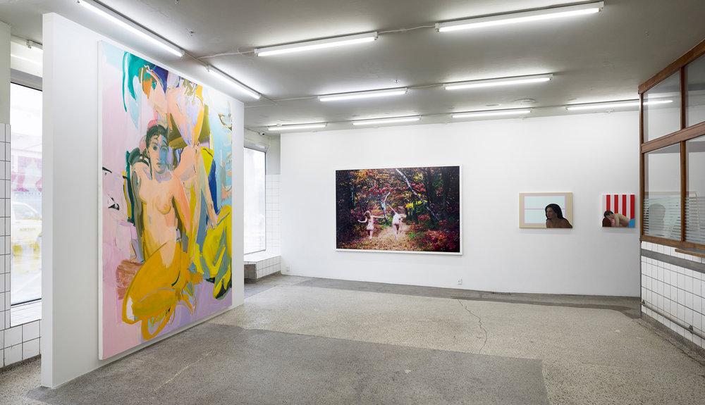 V1 Gallery.
