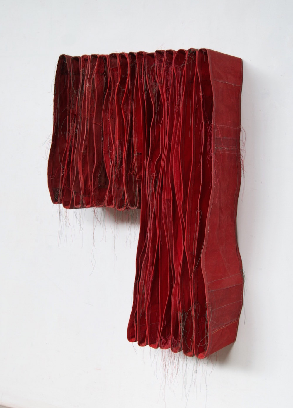 Simon Callery - Punctured Red Wallspine, 92 x 64 x 26 cm.