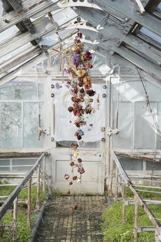 """Rebecca Louise Law """"The Beauty of Decay 3"""", 2016. Foto © Rachel Warne."""