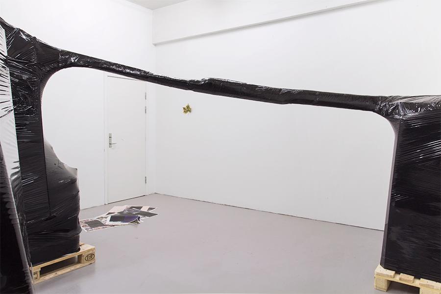 """Magnus Frederik Clausen """"Subheads"""" (installation view), Jir Sandel, 2018."""
