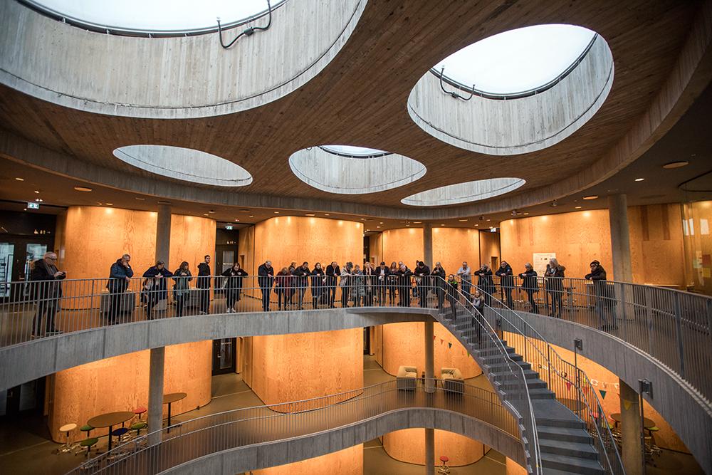 Arkitektonisk fototur på Frederiksberg. Photo: Astrid M. B. Rasmussen.