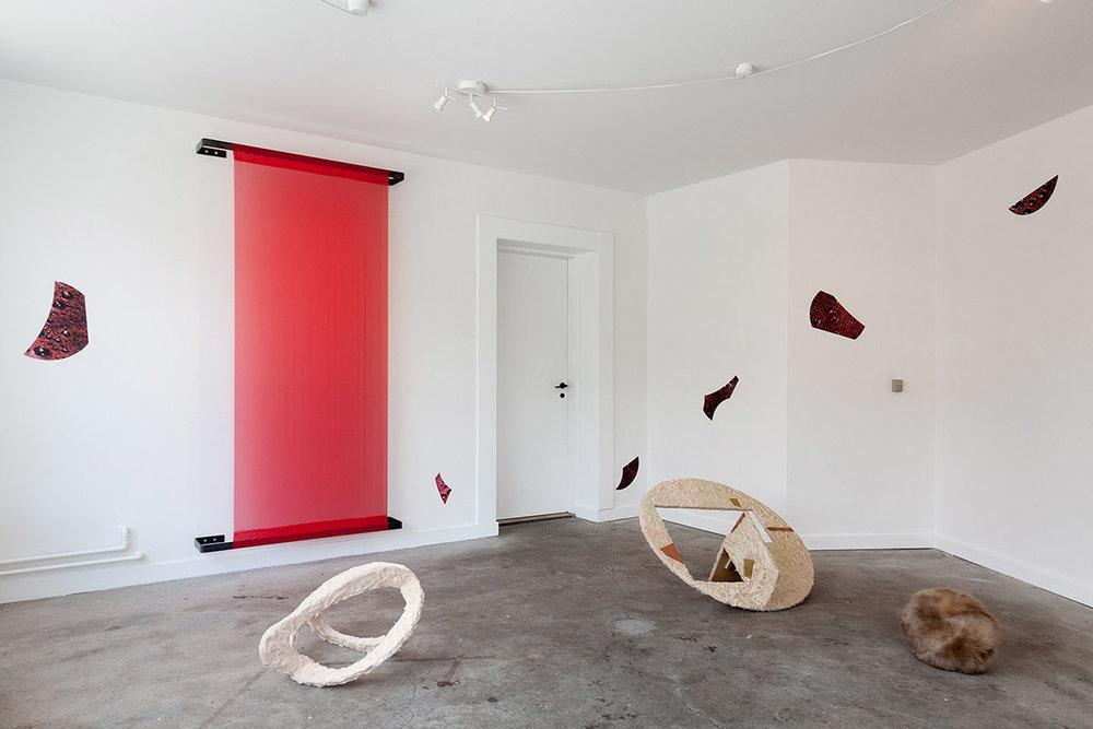 Louise Sparre, Status er PULS, installation view, SE. Foto: Morten Barker.