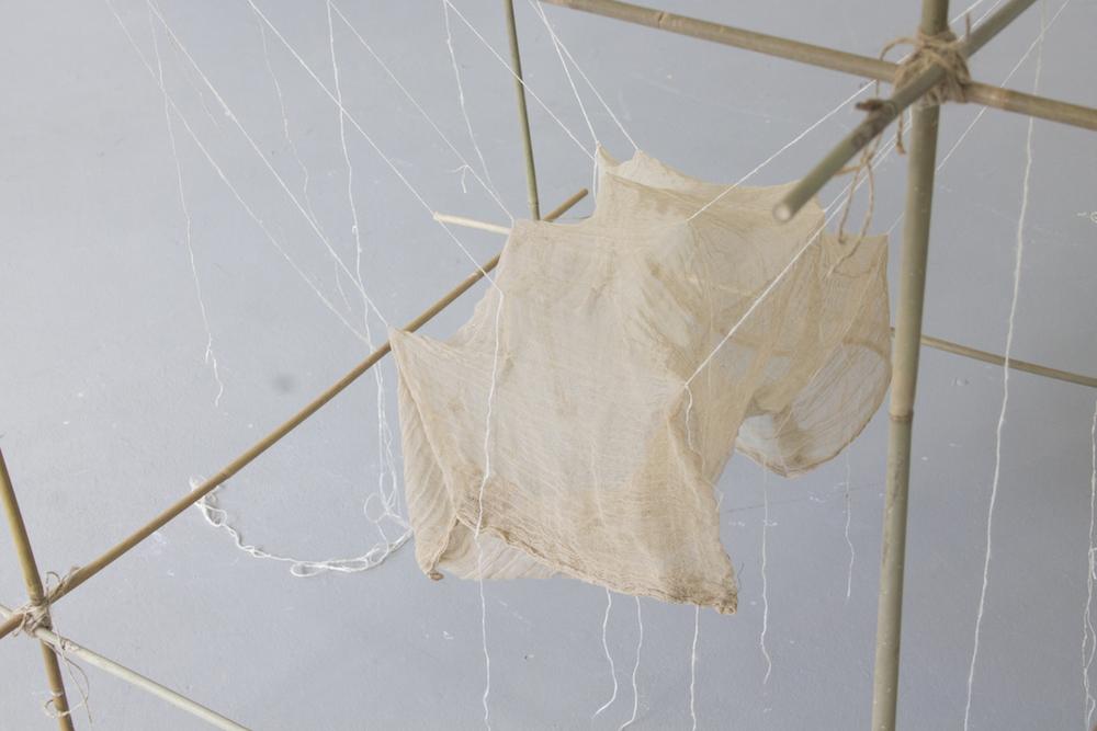 "Tine Maria Damgaard ""Skitse af hængesæk"" (Bamboo, twine, gauze, cotton). Photo: Heidi Nikolaisen."