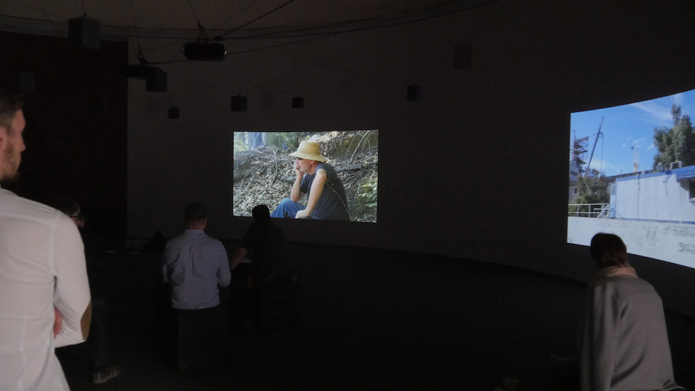 "Angela  Melitopoulos ""Crossings,"" 2017 (fire-kanals video- og seksten kanals  lydinstallation), Giesshaus, documenta 14, Kassel. Courtesy of the artist."