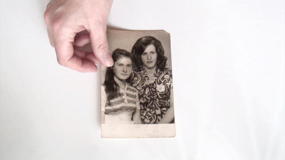 """Suada Demirovic """"Familiealbum 1952-1990,"""" 2016. Foto: Suada Demirovic."""