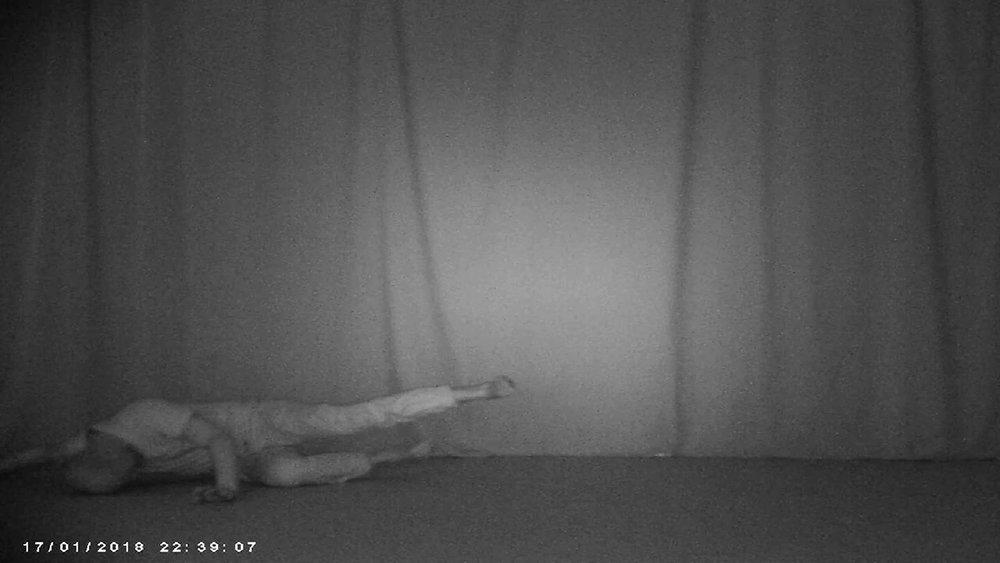 """Kristian Byskov """"At gå,"""" 2018 (video still)."""