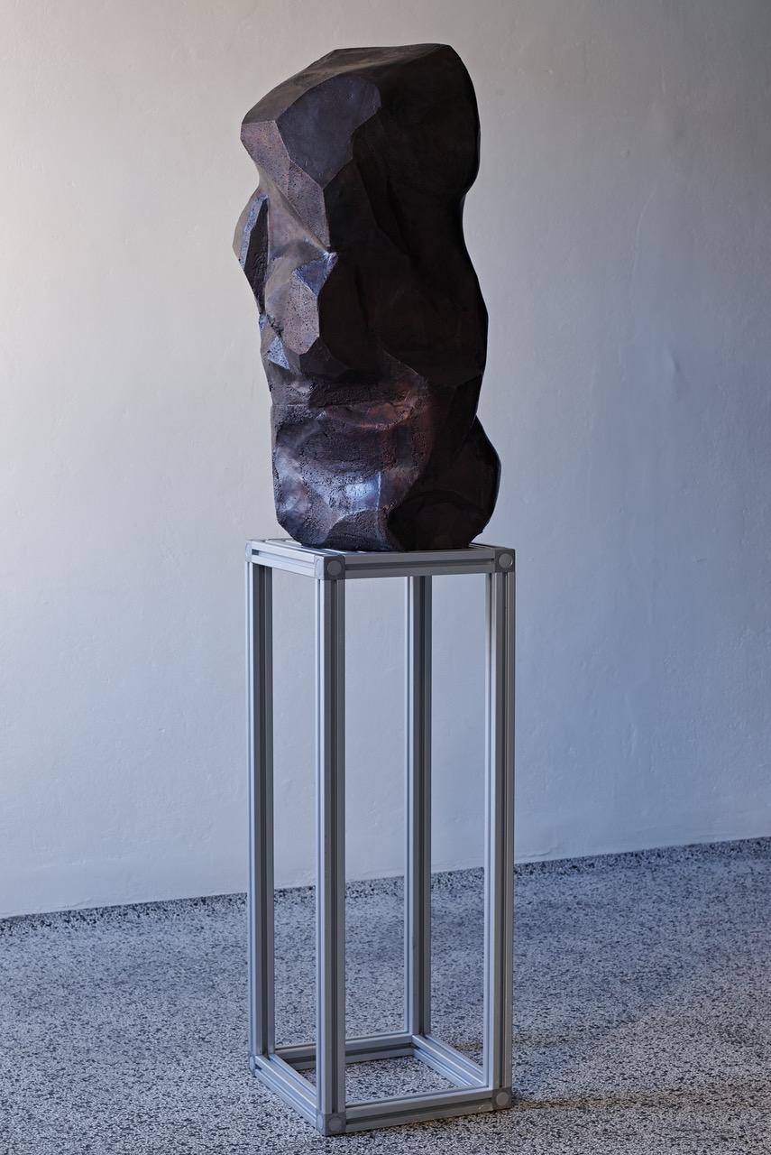 """Fredrik Tydén """"E_1_12,� 2019 (bronze, aluminum, 188 x 41 x 43 cm, ed. 1/1). Photo: Jakob Emdal."""