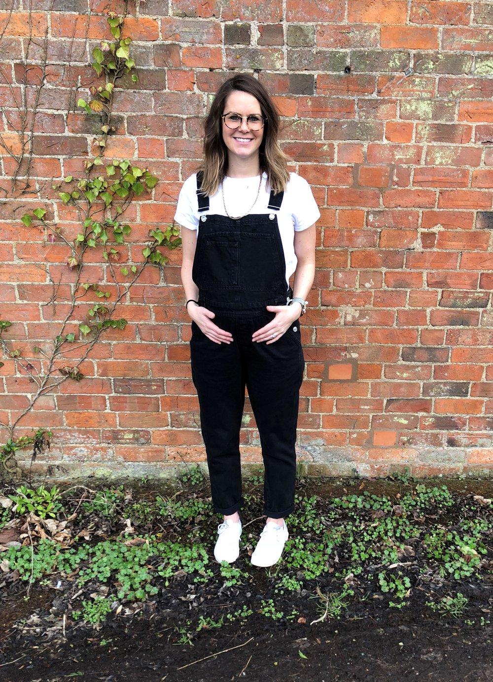 Pregnant walk - Alana Gray