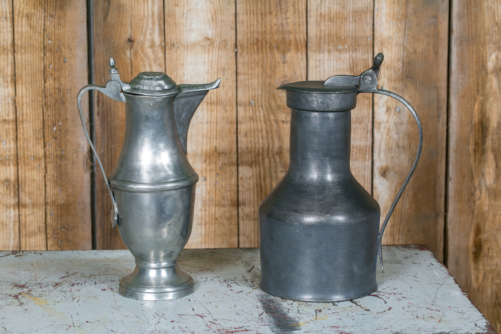 "Left measures 8.5"" L x 5"" W x 14"" H.  Right measures 9.5"" L x 7"" W x 14"" H."