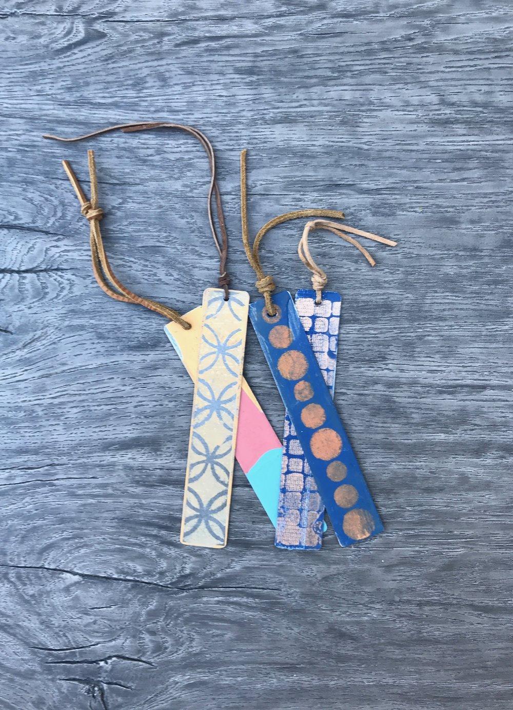 Bookmarks.At  Ten Women Gallery .