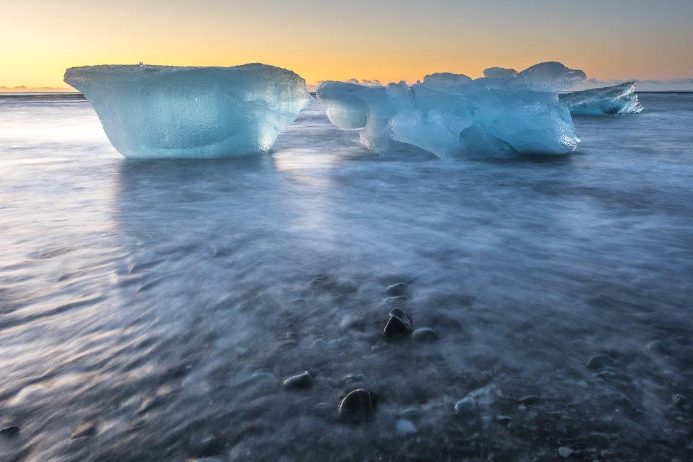 Icebergs at sunrise. Jökulsárlón Glacial Lagoon.