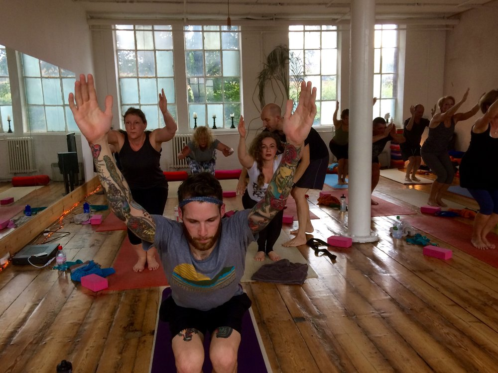 HOT YOGA workshop: core strength & alignment in Victor's Lab, Bussey Building
