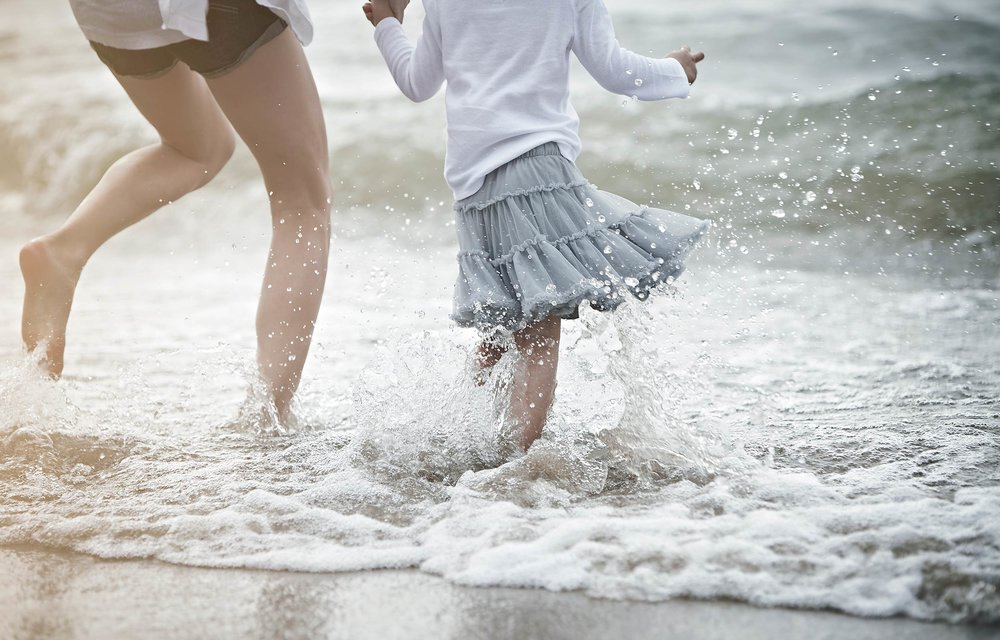Amway-Girl-On-Beach-Jeremy-Frechette-001.jpg